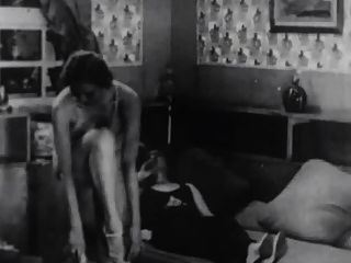 पेरिस के वेश्यालयों से मना फिल्में