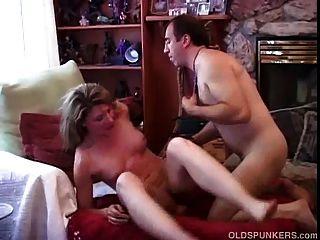 बहुत सेक्सी एशियाई शौकिया बकवास प्यार करता है