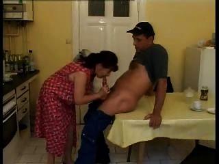जर्मन Housewifes परिपक्व - poliu द्वारा