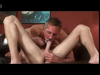 ग्रे दाढ़ी बूढ़े पिता जे टेलर चुंबन युवा लड़के भाड़ चाटना