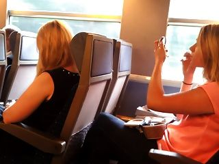 ट्रेन में फ्लैश