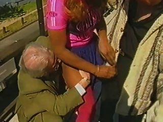 कैंडिस Laforet मुश्किल दो बूढ़े आदमी के साथ कमबख्त