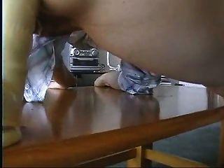 एशियाई लड़की गुदा dildo