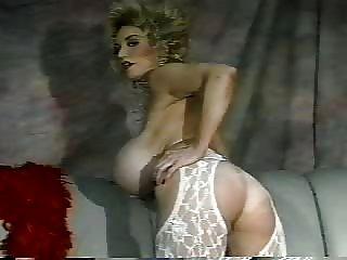 क्लासिक स्तन 18