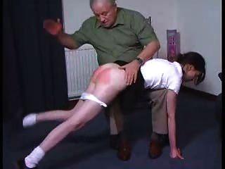 सेक्सी लड़की एक OTK पिटाई हो जाता है