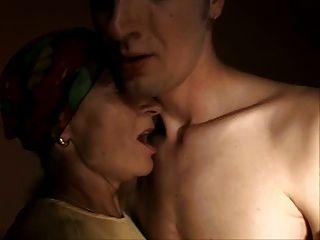 sliim परिपक्व महिला और लड़के सेक्स गुदा