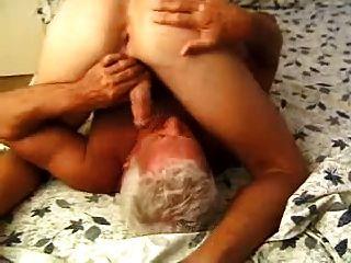 समलैंगिक पुराने पुरुषों - बचानेवाला 2 पुरस्कृत