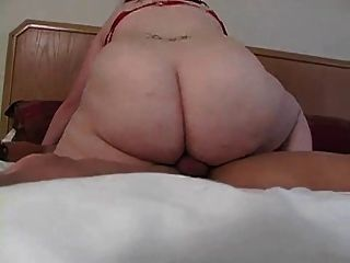 लाल बीबीडब्ल्यू लैटिन लड़की (cuck)