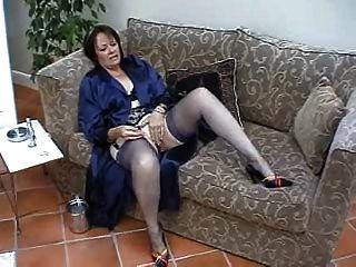 मोज़ा में Suzie परिपक्व एकल