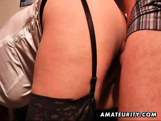 संचिका शौकिया milf बेकार है और जूते पर सह के साथ fucks