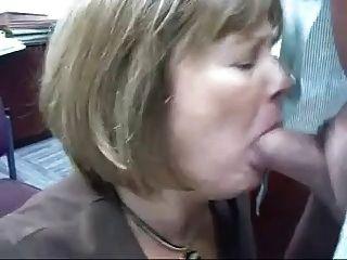 परिपक्व हेड # 71 (कार्यालय फूहड़ के दो vids उसकी नौकरी कर रही है)