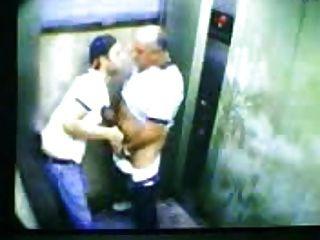 समलैंगिक लोग कैमरे पर पकड़ा!