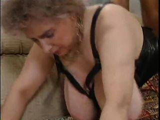 विशाल स्तन सेक्सी पुराने परिपक्व