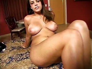 अपनी सौतेली बहन केटी Cummings के साथ आभासी सेक्स