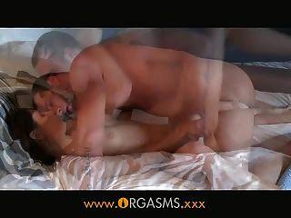 Orgasms - उसके शरीर सेक्स के लिए बनाया गया है