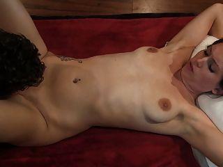 Lelu प्यार-मित्र योनि creampie लाभ