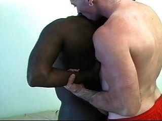 सफेद पिताजी काले पिता पर