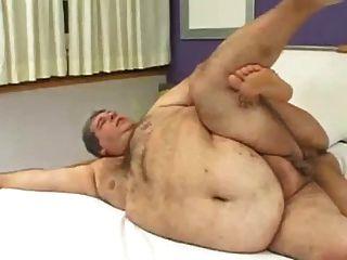 एक मोटा आदमी बकवास करने के लिए कैसे