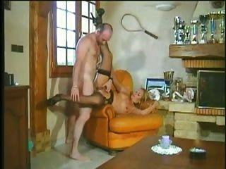 एमआईएलए गर्म और सींग प्यार करता है बेने में fondo अल culo ई सपा प्रति कठिन लंबे मुर्गा गुदा assfuck Troia Bello Duro