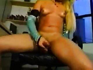 बिग लिंग onanie किन्नर