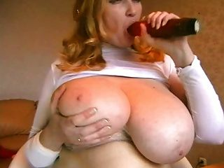 वेबकैम पर भारी स्तन