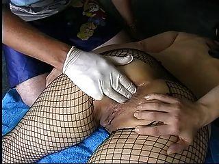 fishnets गुदा fisting में शौकिया milf