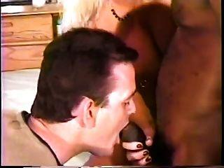 बीबीसी cums और Cuck इसे खाती