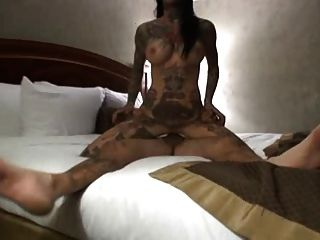 टैटू युगल सेक्स
