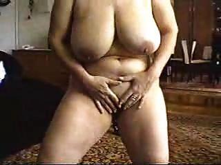 माँ स्ट्रिप शो और सेक्स।