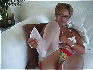 मोज़ा में पत्नी
