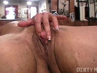 एलेक्सिस - dirtymuscle - बड़ा clit