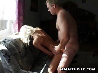 शौकिया किशोरों की प्रेमिका बेकार है और सह शॉट के साथ fucks