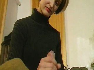 गर्म शरीर fucks के साथ रूसी लड़की