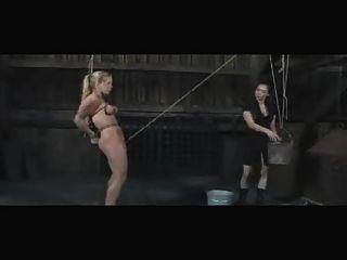 गुलाम दीया Zerva समलैंगिक आउटडोर बीडीएसएम एनीमा और अपमान