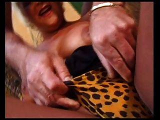 फ्रेंच Milfs गुदा सेक्स