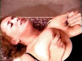 Georgina lempkin - वास्तविक Titten दुर्लभ