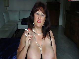 बीबीडब्ल्यू वेश्या 2