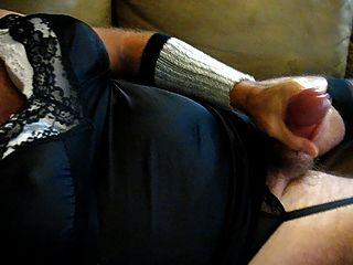 पत्नी का ब्रा और पैंटी 19