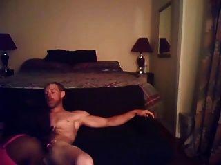 Str8 सफेद देश लड़का एक सेक्सी transvestite fucks