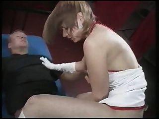 प्यारा ब्लोंड आकर्षक, गड़बड़ और spermed