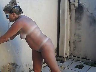 tirando ओ साल - समुद्र तट -hot Blondie के बाद नग्न पत्नी