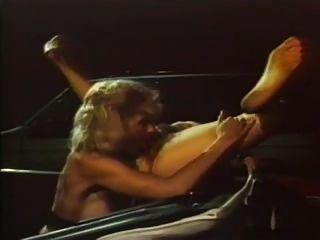 लिली मार्लिन और रोनी डिक्सन - समलैंगिक जुनून गड्ढे