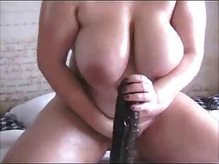 काले dildo पर बैठे बड़े स्तन के साथ सींग फैट बीबीडब्ल्यू पूर्व gf