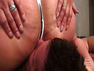 मोटा सेक्सी गधे के साथ गुलाम facesitting