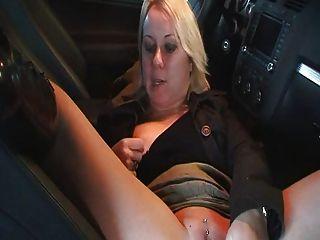 milf शौकिया masterbate और car..rdl में सेक्स