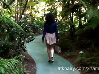 एक बालों राजकुमारी Sativa Verte part1 के साथ डेट