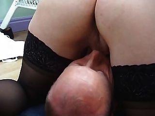 मोज़ा Fucks में गोरा गर्म महिला और एक चेहरे हो जाता है