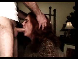 मुंह में गड़बड़ परिपक्व और अनुभवी transvestite