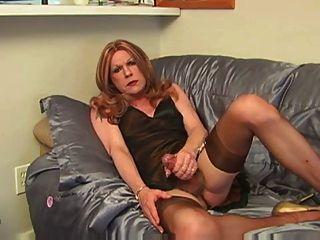Darlene cumshot