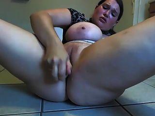 वेब कैमरा 4 में गर्म मटोल लड़की